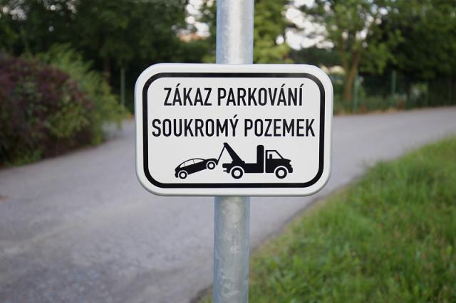 zakaz-parkovani
